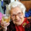 """Une centenaire: """"Mon secret? Du whisky et quinze cigarettes par jour"""""""